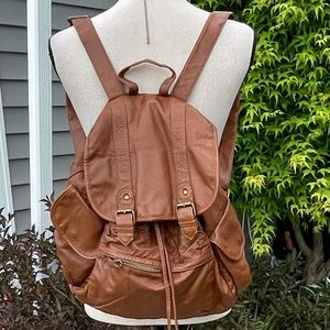 🔥MAKE OFFER🔥Stylish Mossimo Supply Co. backpack